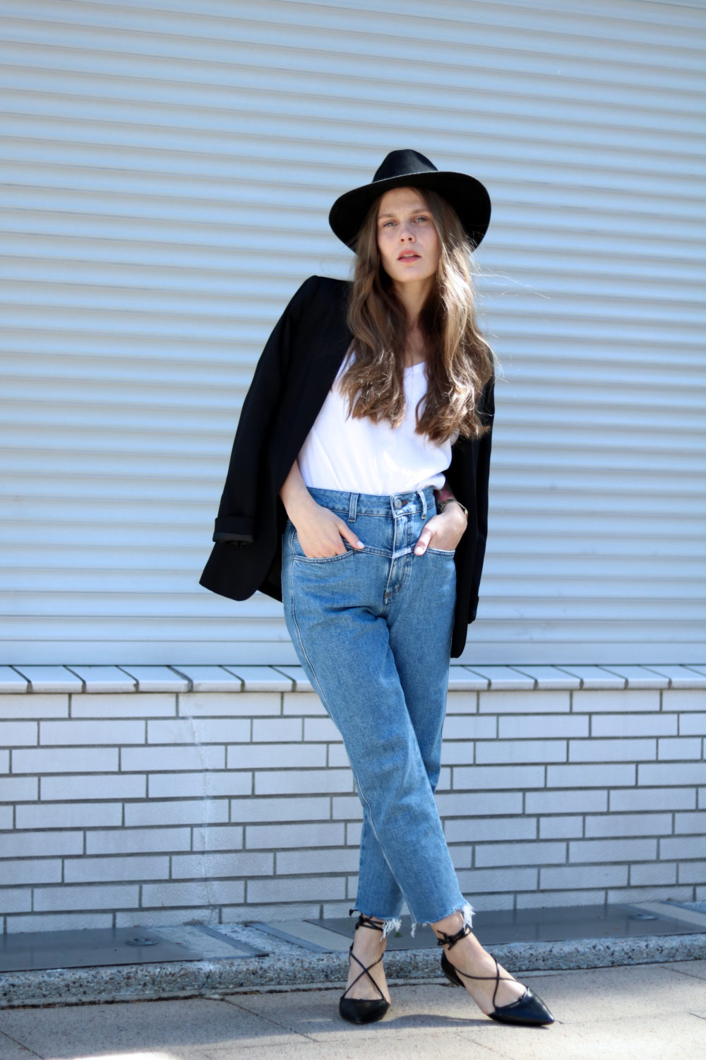 MEY_MARIDALOR_THE_WHITE_SHIRT_OUTFIT_PEDAL_PUSHER_FRENCH_LOOK_STREETSTYLE